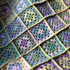 ...yarnroundhook...: Off the hook :: pastel granny square blanket; sc the squares together with the join on the right side