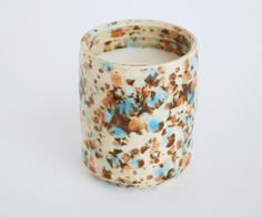 Image of ceramic soy candle - speckled tan & robin from OUI