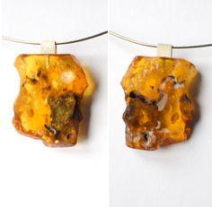 Amber Pendant, GOLD YELLOW, genuine Amberstone, matte sterling Silver 925, Bernsteinanhänger, chain,ambre,barnsteen, Unique, 琥珀戒指, Handmade von JewellerWithSoul auf Etsy