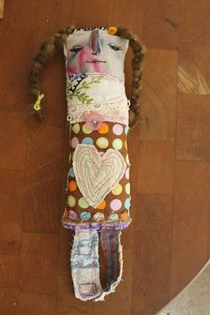 Barbara measures about 12 ( cm) in length and 3 cm) in width. Her face is free motion stitched onto my own hand painted fabric Softies, Toy Art, Hand Painted Fabric, Ugly Dolls, Monster Dolls, Needle Felted, Fabric Dolls, Rag Dolls, Voodoo Dolls