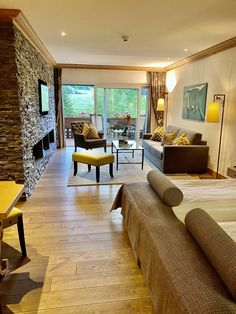 A First Class Experience: ERMITAGE Wellness and Spa-Hotel – SWITZERLAND First Class, Hotel Spa, Switzerland, Wellness, Couch, Furniture, Home Decor, Settee, Decoration Home