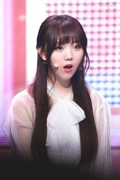 Lovelyz Kei, Tumblr Girls, Nayeon, Pop Group, Korean Singer, Kpop Girls, Dancer, Idol, Beautiful Women