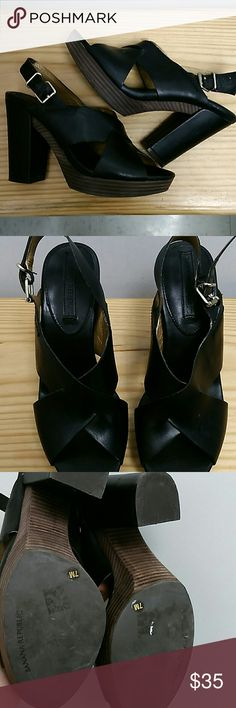 Banana Republic Chunky Heels 7. Euc Excellent Condition Banana Republic Chunky Heels 7 Banana Republic Shoes