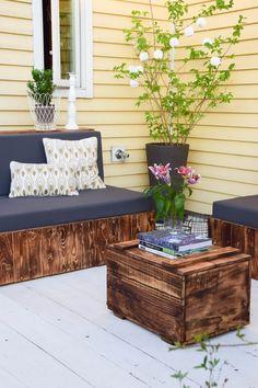 Flambierte DIY Sitzmöbel Aus Paletten! Der Einfache Und Günstige Weg Zur  Schicken Lounge Im Garten | DIY Deko | Pinterest