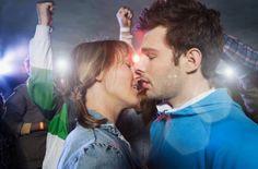 Concert Kiss @ www.wikilove.com/Concert_Kiss Kiss, Relationship, Couple Photos, Concert, Couples, People, Pictures, Photography, Couple Shots