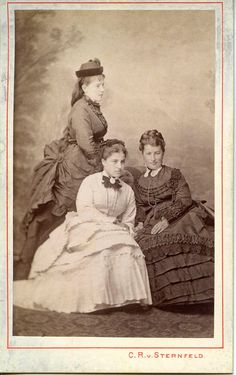 Three elegantly dressed women, c. 1872 - 1875. #Victorian #portraits #fashion