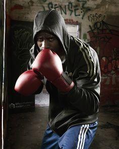 #boxeo #photography #sportphotography #fotografía #deporte #advertisement #publicidad #accion #negro #guantes #shoot #shooting #photographer #photo #rociom.com #rociomartinez #sport #Adidas @Adidas #strobist #flash #fuerte #strongman #gym #boxing #gymtime by rociomartinezm
