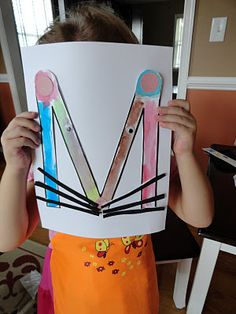 Izzie, Mac and Me: Mouse Paint Crafts