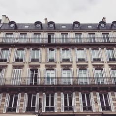 @frassyaudrey here : paris is just so beautiful even in the freezing cold! #PFW