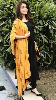 Excited to share this item from my shop: VeroniQ Trends - Black Anarkali Dress with Chanderi Silk Dupatta. Women Dresses for all occassins to buy online Indian Fashion Dresses, Dress Indian Style, Pakistani Dresses, Indian Outfits, Fashion Outfits, Punjabi Fashion, Fashion Weeks, Fasion, Fashion Styles