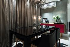 Sala de jantar I Dining Room I Dining Room Design I Dining Room Appliances I Dining Room Decor I Modern Dining Room I Chandelier I Lighting