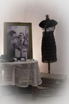 Ha enteriőrt szeretnétek, akkor a  korábbi kreatív fotózás képei éppen ideillenek. Lace Skirt, Dresses, Fashion, Vestidos, Moda, Fashion Styles, Dress, Fashion Illustrations, Gown