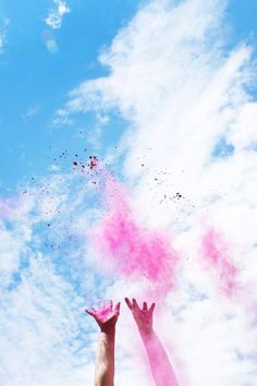 Baby Gender Reveal // How to Make Color Fight Powder | lovelyindeed.com