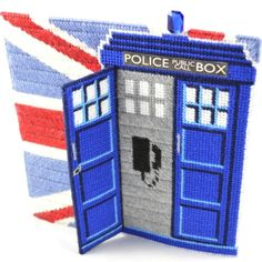 Dr.Who Tardis plastic canvas photo frame. Cross stitch and tapestry fans will love making up this complete kit. Comes with patterns, yarns, diagrams, and even online help videos!