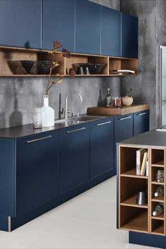 Ben je toe aan een beetje extra keuken inspiratie? Wij hebben een inspiratieblog voor jou opgezet waarin je de mooiste keuken ideeën vindt! 🔥 Hier vind je al een aantal voorproefjes. Wil je meer zien? Klik dan op één van de foto's om naar ons blog te gaan! 💗 Condo Kitchen, Modern Kitchen Cabinets, Farmhouse Kitchen Decor, Kitchen Sets, Modern Kitchen Design, Kitchen Furniture, New Kitchen, Interior Design Living Room, Plywood Kitchen
