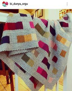 Manta em crochê. https://www.instagram.com/bi_dunya_orgu/