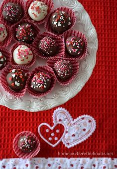 I'm joining Rattlebridge Farm for the return of The Mystery Ingredient Club! Our Mystery Ingredient this month~ Dark Chocolate, just in time for Valentine's Day!  Brownie Truffles are an easy treat...