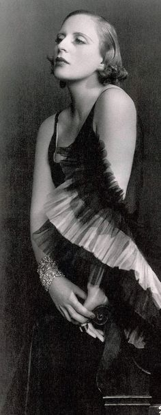Tamara de Lempicka in Marcel Rochas 1929 Paris Photo by Dora Kallmus (Madame d'Ora Studio) Art Deco Icon