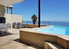Medburn Views Penthouse in Camps Bay
