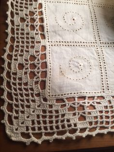 Crochet Boarders, Crochet Lace Edging, Filet Crochet, Crochet Doilies, Crochet Patterns, Crochet Decoration, Crochet Tablecloth, Crochet Clothes, Diy And Crafts