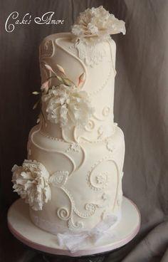 wedding cake with peonies - cake by Patrizia Greco