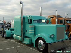 Custom color Peterbilt from the 2008 Mid America Truck Show