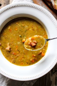 Comforting cool weather soup with split peas, lentils, bacon and ham. Easy to make on the stovetop or in the pressure cooker. Comforting cool weather soup with split peas, lentils, bacon and ham. Easy to make on the stovetop or in the pressure cooker. Easy Split Pea Soup, Green Split Pea Soup, Split Pea Soup Recipe, Ham And Lentil Soup, Pea And Ham Soup, Lentil Soup Recipes, Bacon Ham Recipes, Leftover Ham Recipes, Split Peas