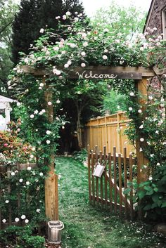 cute garden flowers wedding gate decorations