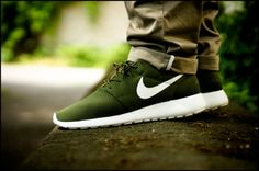 #Nike Roshe run green
