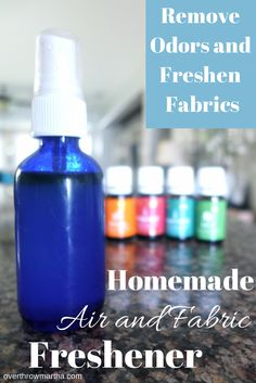 Homemade air freshener recipe to remove odors and freshen fabrics, your home, office or your car! #easy #DIY #greencleaning