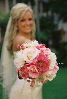 Shades of pink bouquet.. | repinned by www.berlinfotografin.de ..  #Wedding #Hochzeit  Follow me on www.facebook.com/pages/Berlin-Fotografin/304964096211572