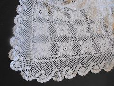 Vintage French Bed Coverlet Hand Crocheted from FRENCH VINTAGE LINENS AND ANTIQUES on Etsy