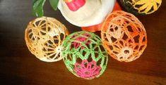 Crochet Easter eggs – the pattern for free - My CMS Crochet Kids Hats, Easter Crochet, Knitting For Kids, Free Crochet, Crochet Earrings Pattern, Crochet Patterns, Crochet Triangle, Knit Basket, Monogram Wreath
