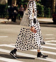 Looks Street Style, Looks Style, Style Me, Mode Outfits, Fashion Outfits, Fashion Trends, Fashion Hacks, 80s Fashion, Hijab Fashion