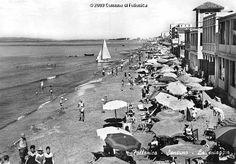 The seaboard of Follonica in the '60s. #maremma #tuscany #sea #mare #beach #tradizioni #traditions