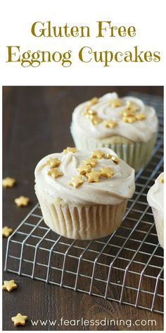 These Gluten Free Eggnog Cupcakes are delicious, light and fluffy cupcakes for the holidays. How to make gluten free cupcakes. Eggnog recipes, easy gluten free cake recipe via Gluten Free Party Food, Best Gluten Free Desserts, Gluten Free Cakes, Best Dessert Recipes, Cupcake Recipes, Köstliche Desserts, Homemade Desserts, Autumn Desserts, Holiday Desserts