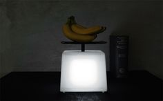 Cool balance that expresses weight by the brightness of light. So, how many grams of is a lighter shade of pale? Neat idea, but highly impractical. If you create a product that has novelty but is impractical, how do you market it? Again, cool design. Not worth much on my kitchen counter-top.