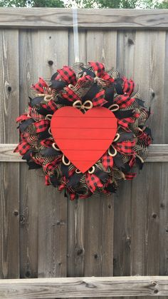 Heart Wreath, Buffalo Check Wreath, Farmhouse Wreath, Valentines Day Wreath Red Rustic Heart Wreath is perfect for Valentines Day or any time of the year. Funny Valentine, Roses Valentine, Valentine Day Wreaths, Valentines Day Decorations, Valentine Day Crafts, Holiday Wreaths, Winter Wreaths, Spring Wreaths, Summer Wreath