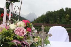 Altar für eine evangelische Trauung am Riessersee in Garmisch