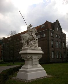 Statue St. Georges (1909) in Neogothic style - limestone - by Jan Kusters. Eikenburg, Aalsterweg 289 Eindhoven, Netherlands. March 5th, 2014