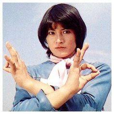 志穂美 悦子さん『ビジンダー/マリ(キカイダー01)』 Series Movies, Tv Series, X Men, X Files, Japanese Superheroes, Martial Artist, Healthy Women, Character Design Inspiration, Pose Reference