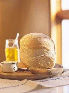 Homemade White Bread Loaf - SO easy! Loaf Recipes, Bakery Recipes, Milk Recipes, Raw Food Recipes, Ayurveda, Milk Bread Recipe, Homemade White Bread, Ricardo Recipe, Brunch