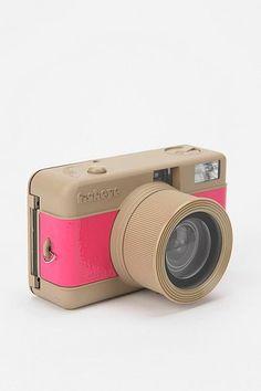 Lomography 35mm Fisheye Camera - Pink