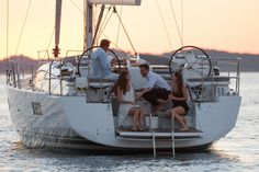 Jeanneau 51 | Jeanneau Boats
