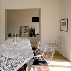 CasaALMA Bright and stylish home in Naples... #LACScuriosity #LACSprojects #AreYouCurious? #design #interiordesign #interiors #curiosity #home #homestyling  #inspiration #style #decoration  #Naples  #vintage #architecture #artconsultant  #furniture #diningroom #knoll #chairs #sofa #foscarini #twiggy #kartell #knoll #table #decorations
