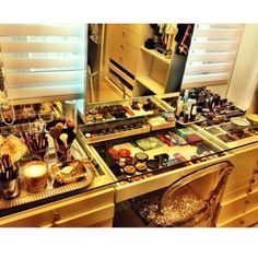 """Makeup vanity....Beauty, that's my passion. """"Kathy's Day Spa Party""""! Skincare, facials masks and make-up techniques!! Start your own Spa Party business, ask me how? http://aprioribeauty.com/IC/KathysDaySpa https://www.facebook.com/AprioriBeautyKathysDaySpa"""