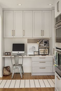 Light grey cabinets! Check out our sister company Kitchen Design Group for cabinet designs! We do more than just kitchens! #cabinets #kdg #unitedtile www.unitedtilesales.com