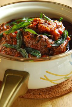 Spicy Tomato Oxtail Stew with Cinnamon, Sage and Juniper Berries (flourless, potato-free, sugar-free, switch wine to verjuice, butter to coconut oil)