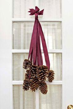 25 adornos navideños para la puerta que puedes hacer tú mismo
