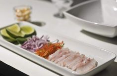 ingredientes ceviche peruano Restaurants, Snack, Yummy Food, Delicious Recipes, Tuna, Recipies, Fish, Meat, Dinner